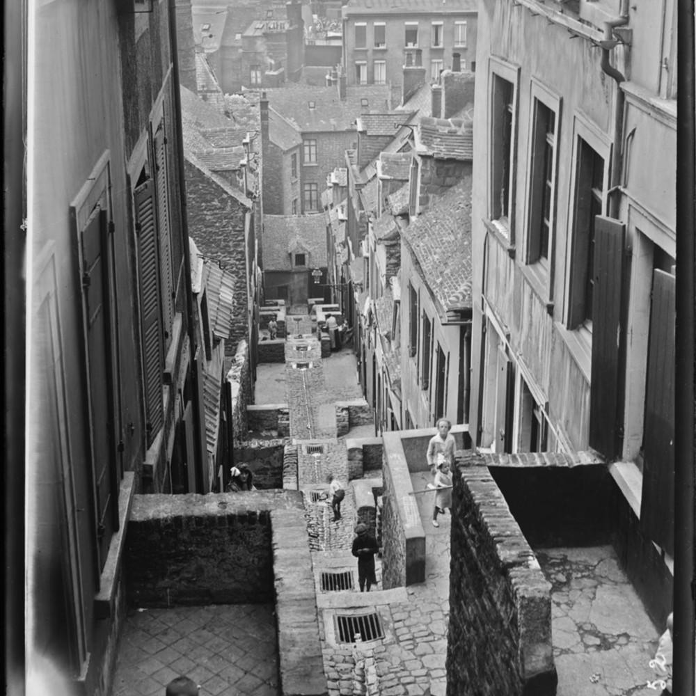 http://gallica.bnf.fr/ark:/12148/btv1b53153959k.thumbnail.highres.jpg