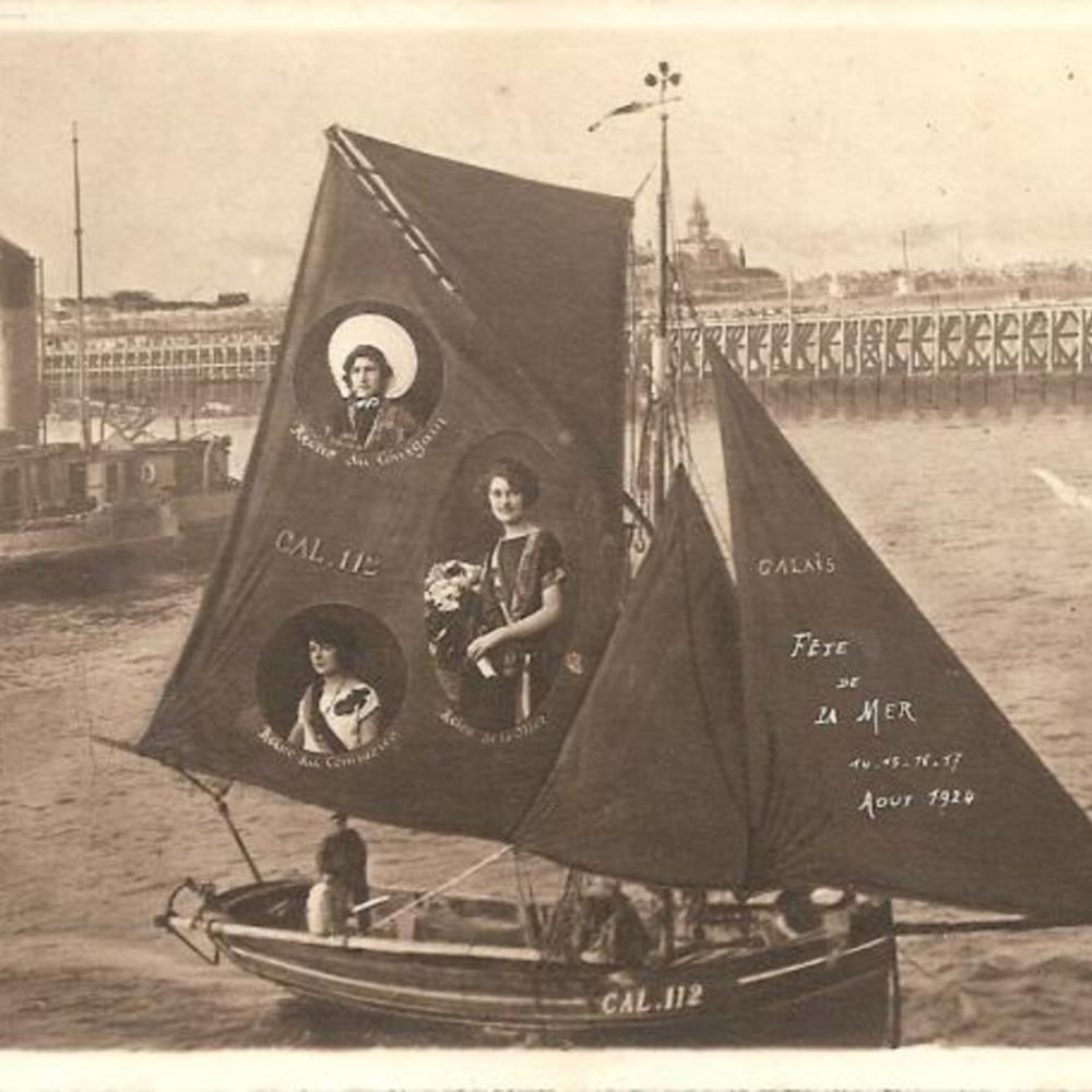 Calais_FeteDeLaMer_1924.jpg