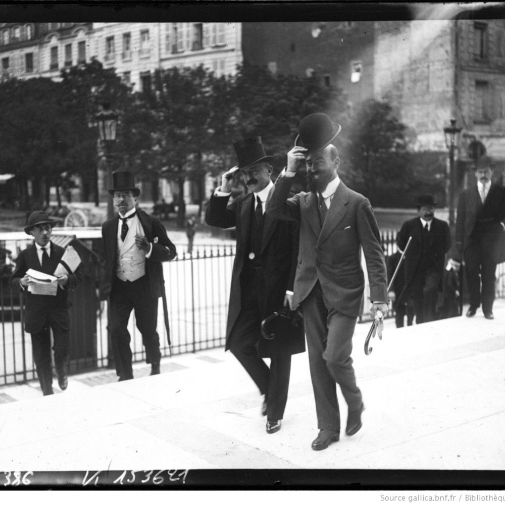 http://gallica.bnf.fr/ark:/12148/btv1b69308985.thumbnail.highres.jpg