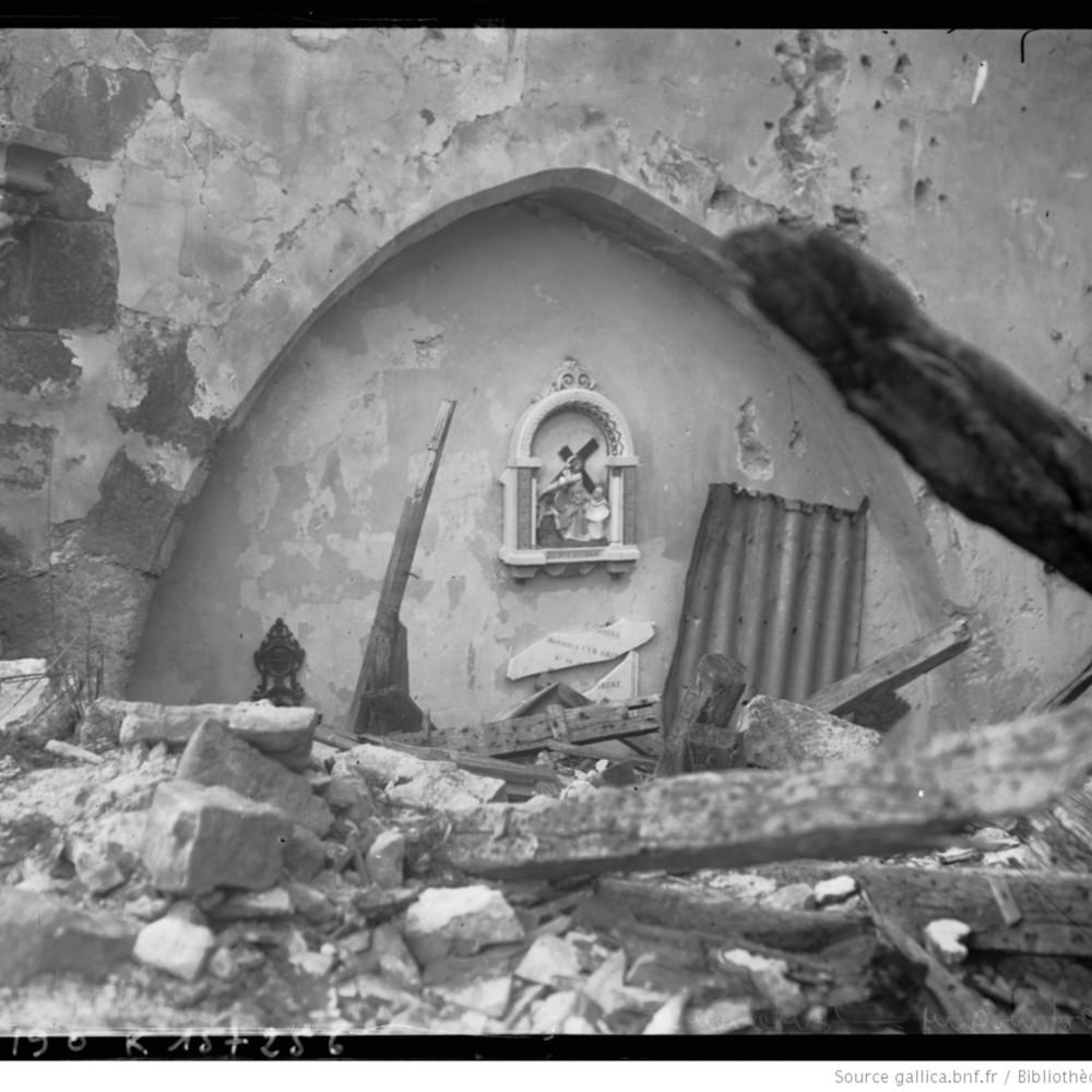 http://gallica.bnf.fr/ark:/12148/btv1b6908556f.thumbnail.highres.jpg