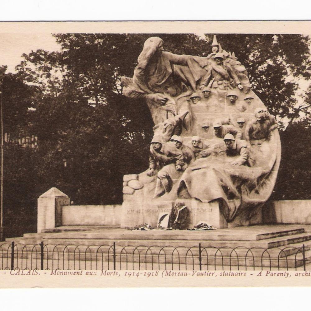 149_Calais_MonumentAuxMorts.jpg